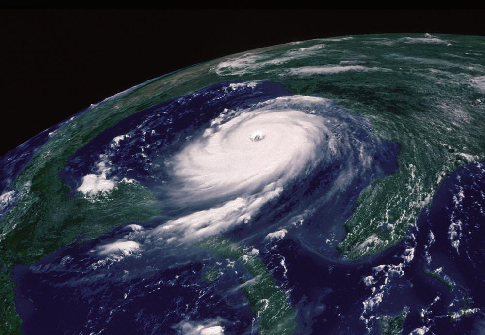 Cours de histoire g ographie une catastrophe naturelle dans un pays riche les cyclones aux - Les 5 cyclones ...